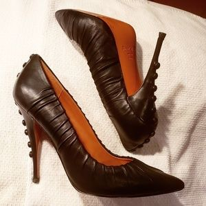 Elizabeth & James size 10 Leather Button Heels